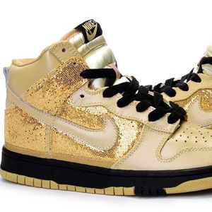 NIKE   Dunk high tops gold glitter